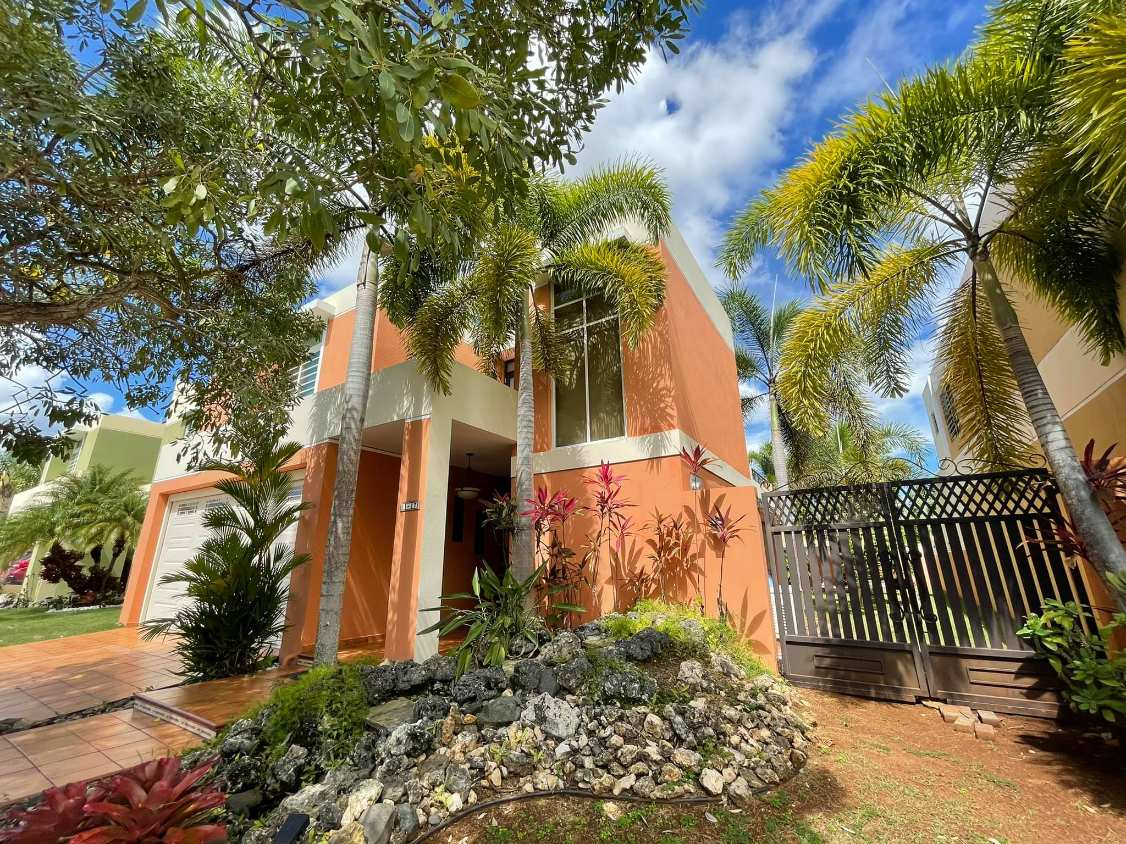 148 Calle Amor Urb. Paraíso De Mayagüez Mayaguez, PR 00682