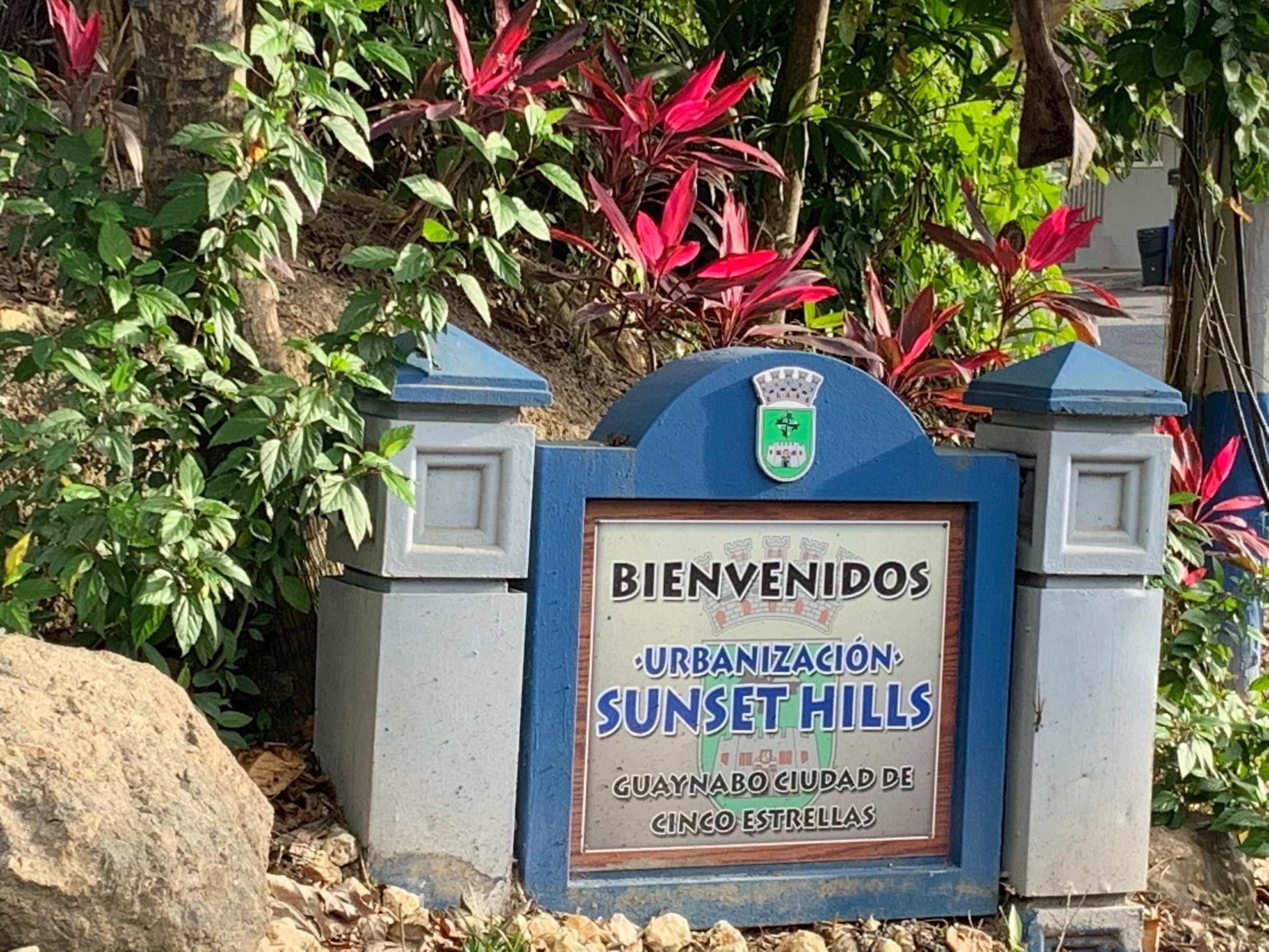 Calle 32 Sunset Hills Guaynabo, PR 00926